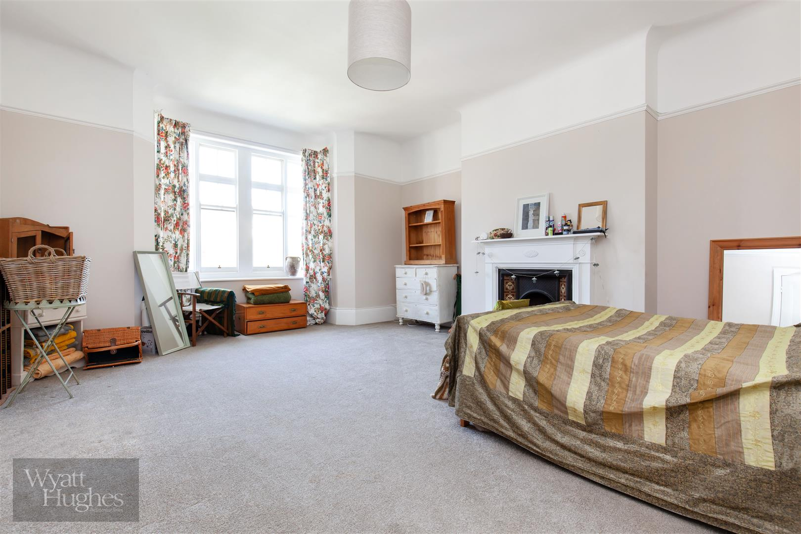 2 bed flat for sale in Pevensey Road, St. Leonards-On-Sea  - Property Image 3