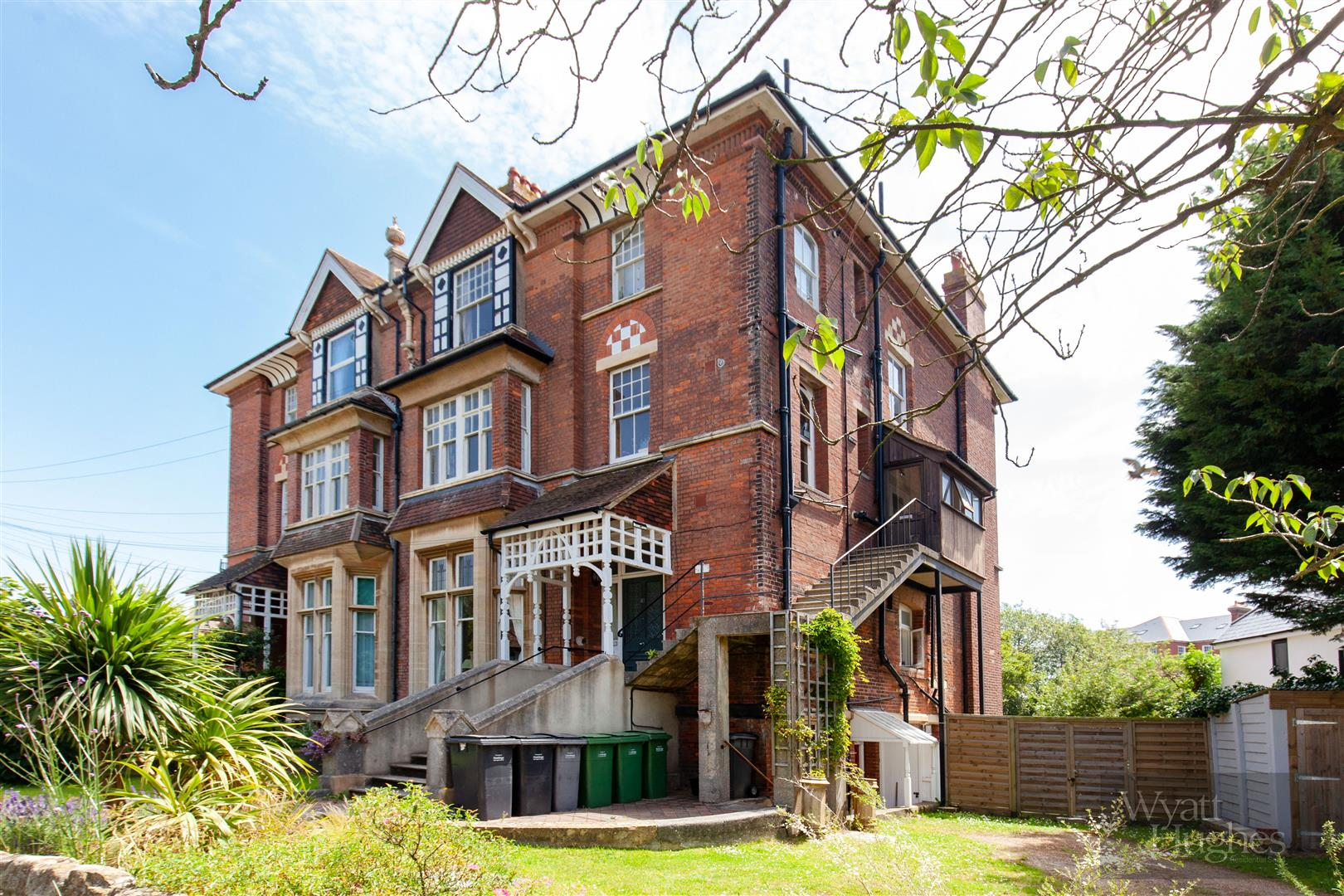 2 bed flat for sale in Pevensey Road, St. Leonards-On-Sea  - Property Image 14