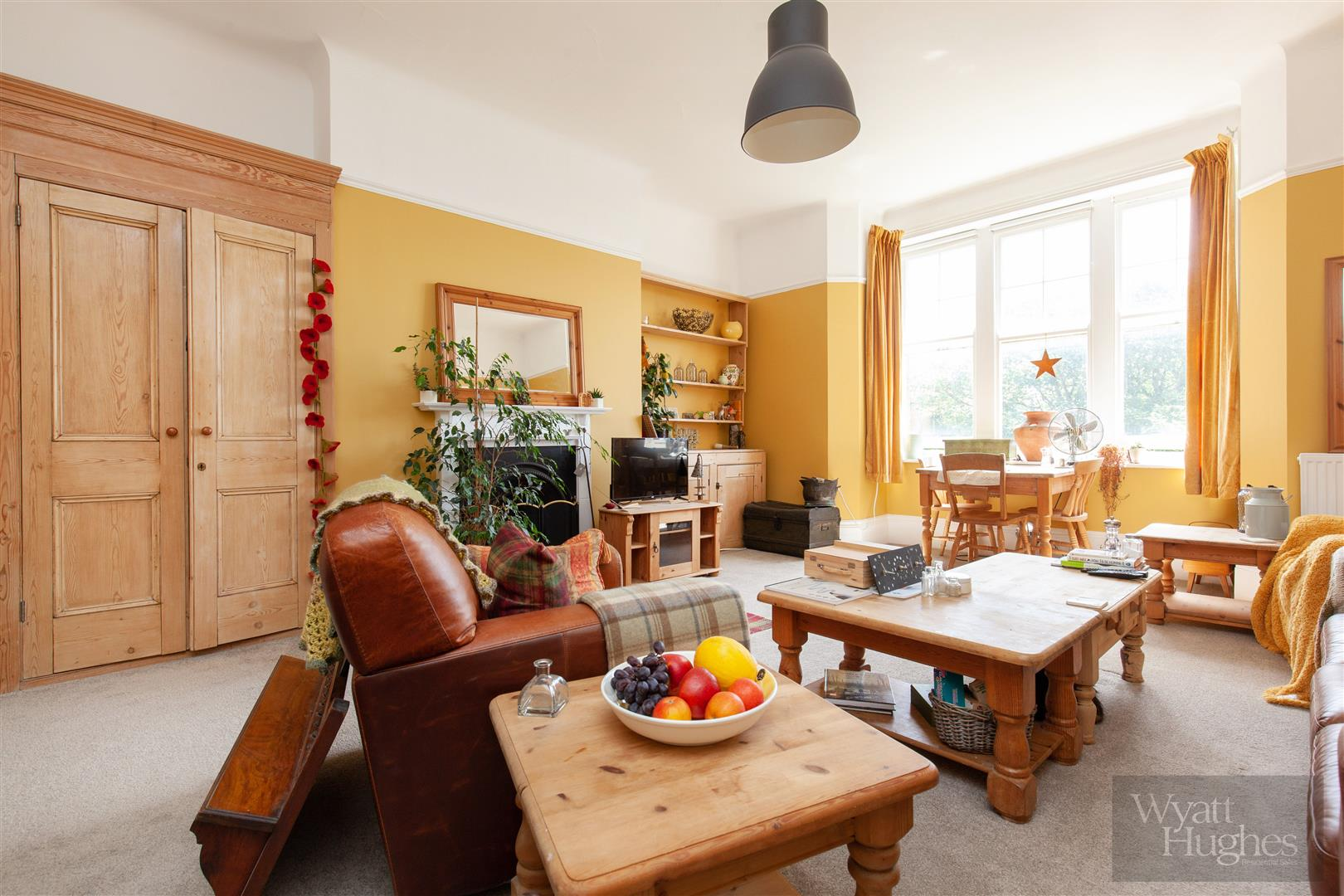 2 bed flat for sale in Pevensey Road, St. Leonards-On-Sea - Property Image 1