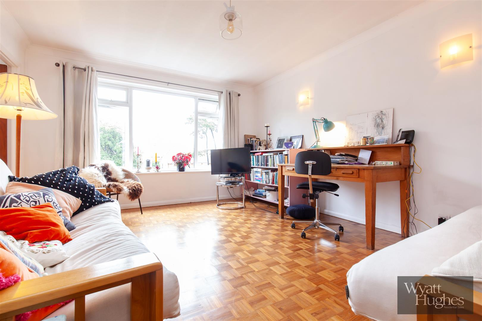2 bed flat for sale in Dane Road, St. Leonards-On-Sea  - Property Image 12