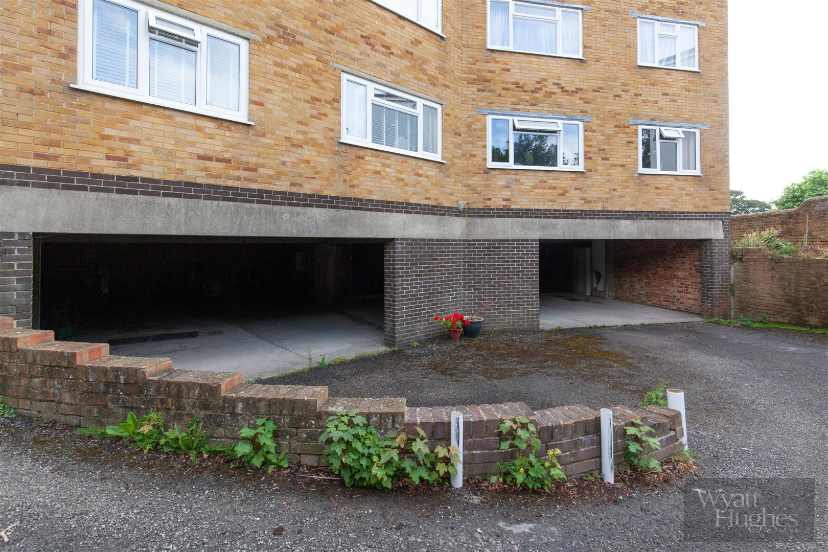 2 bed flat for sale in Dane Road, St. Leonards-On-Sea  - Property Image 18