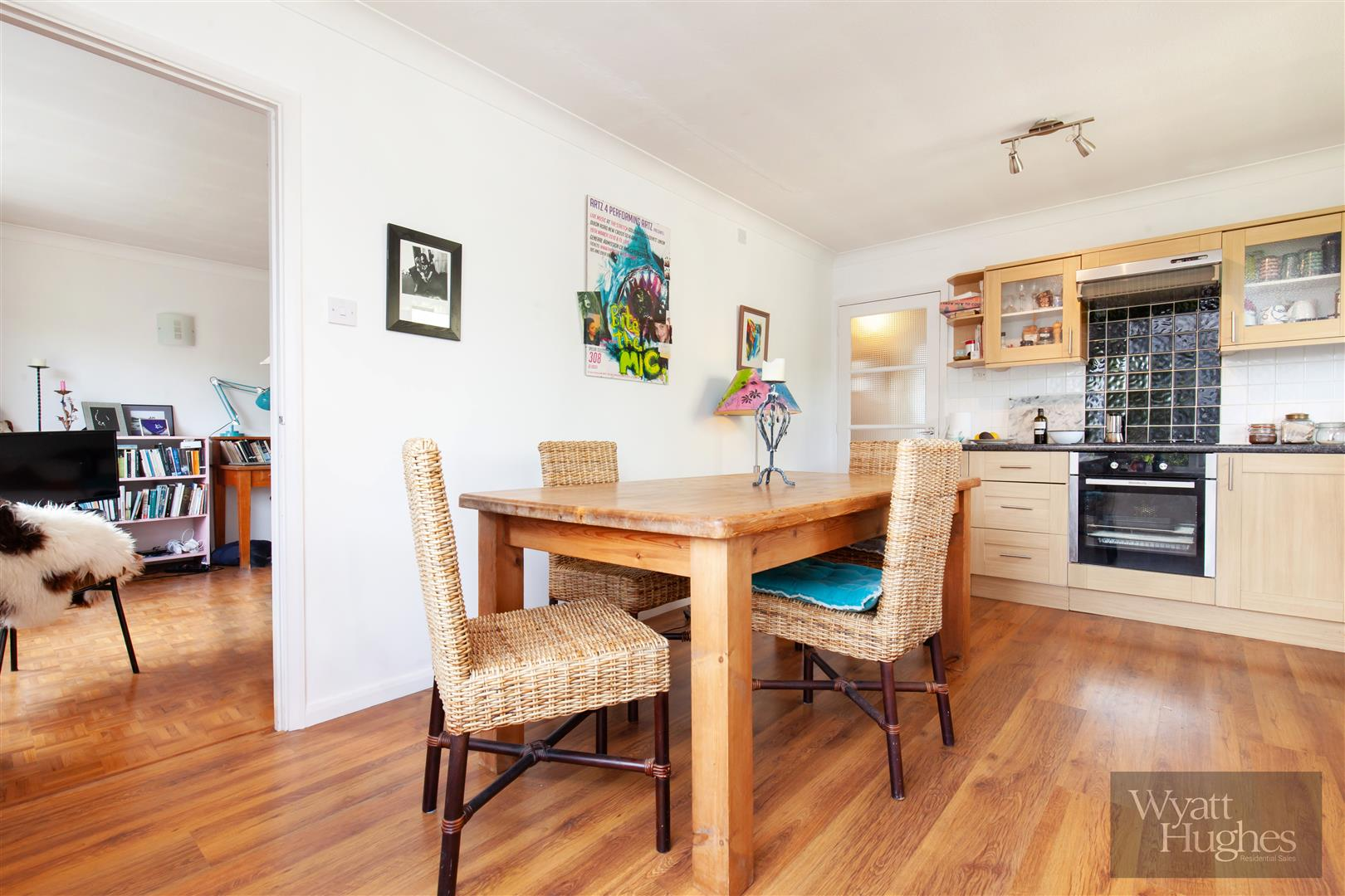 2 bed flat for sale in Dane Road, St. Leonards-On-Sea  - Property Image 13