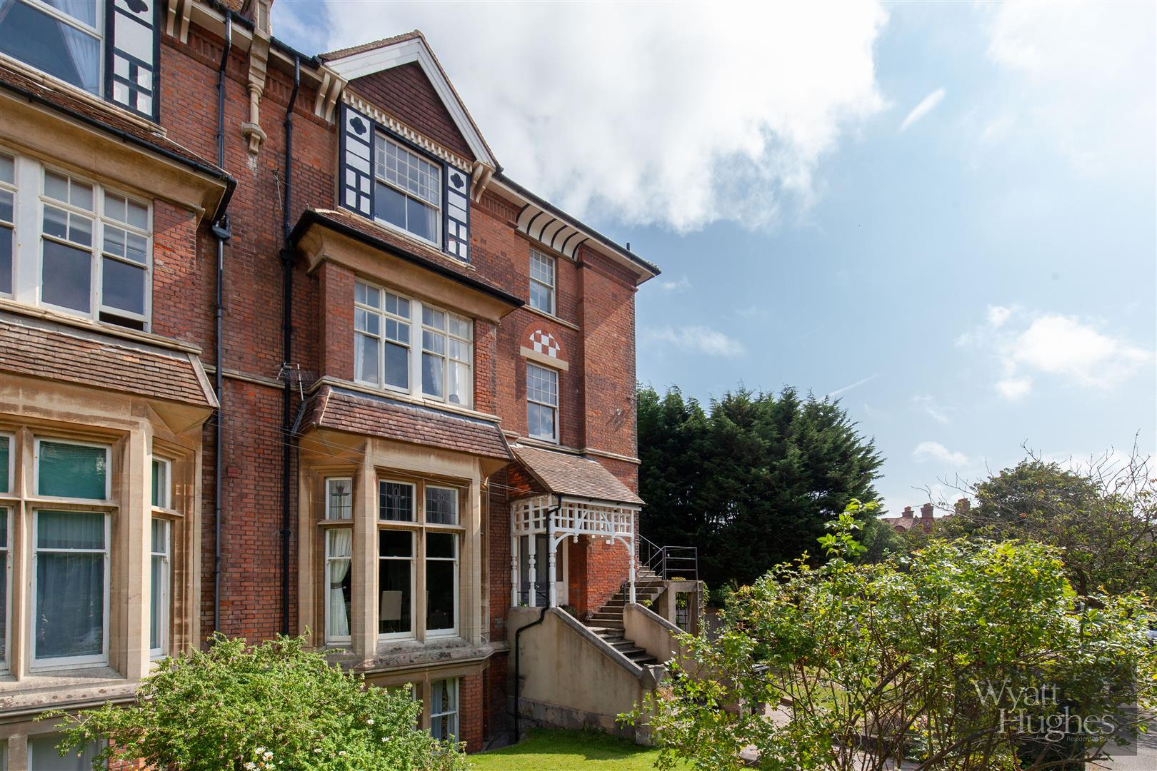 2 bed flat for sale in Pevensey Road, St. Leonards-On-Sea  - Property Image 9