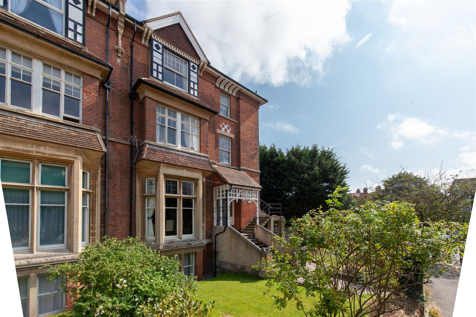 2 bed flat for sale in Pevensey Road, St. Leonards-On-Sea  - Property Image 16