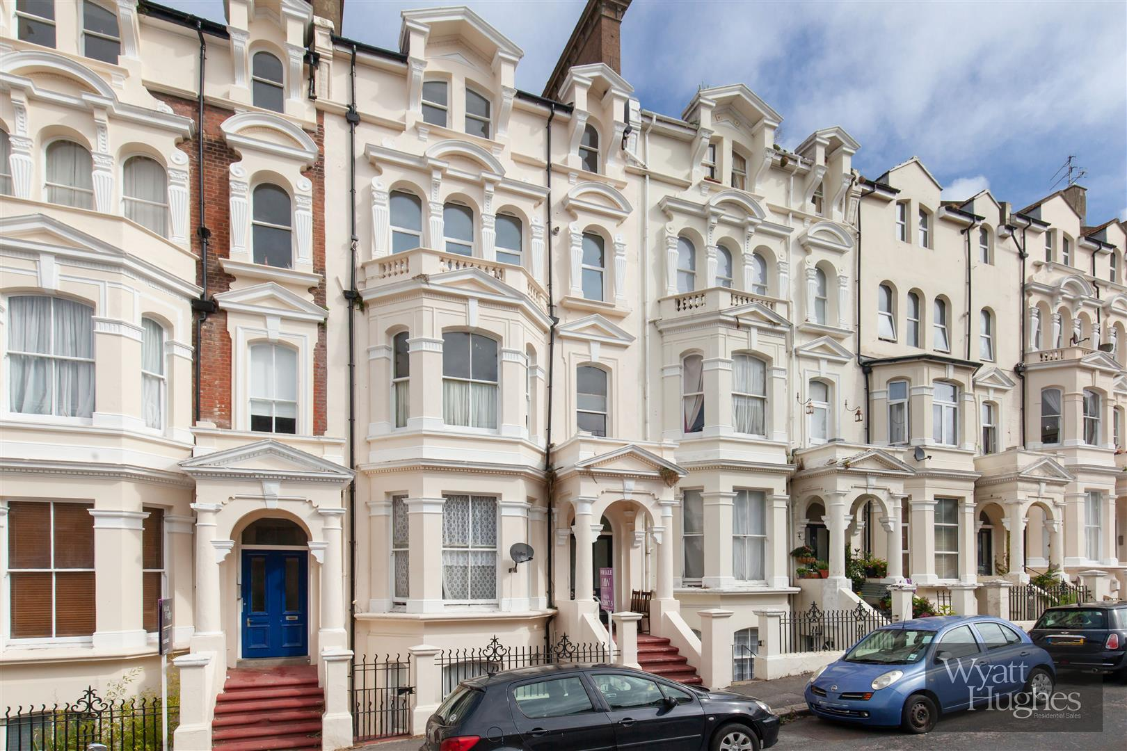 2 bed flat for sale in Warrior Gardens, St. Leonards-On-Sea, TN37