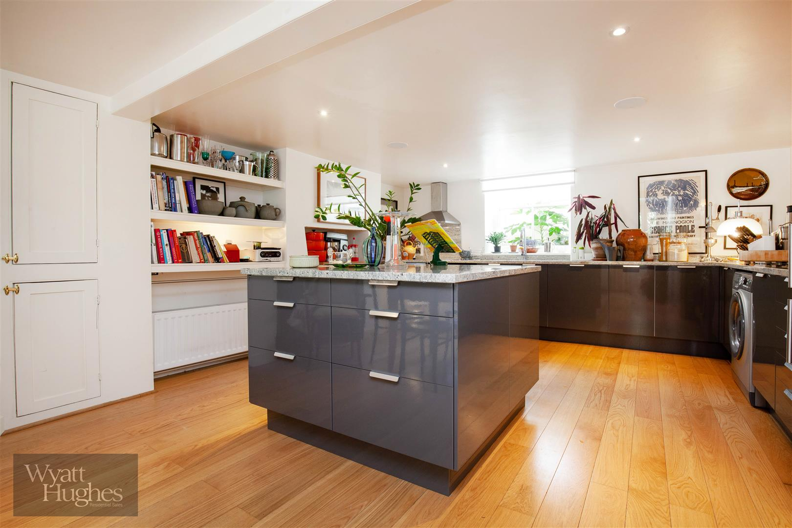 2 bed terraced-house for sale in Shepherd Street, St. Leonards-On-Sea  - Property Image 1