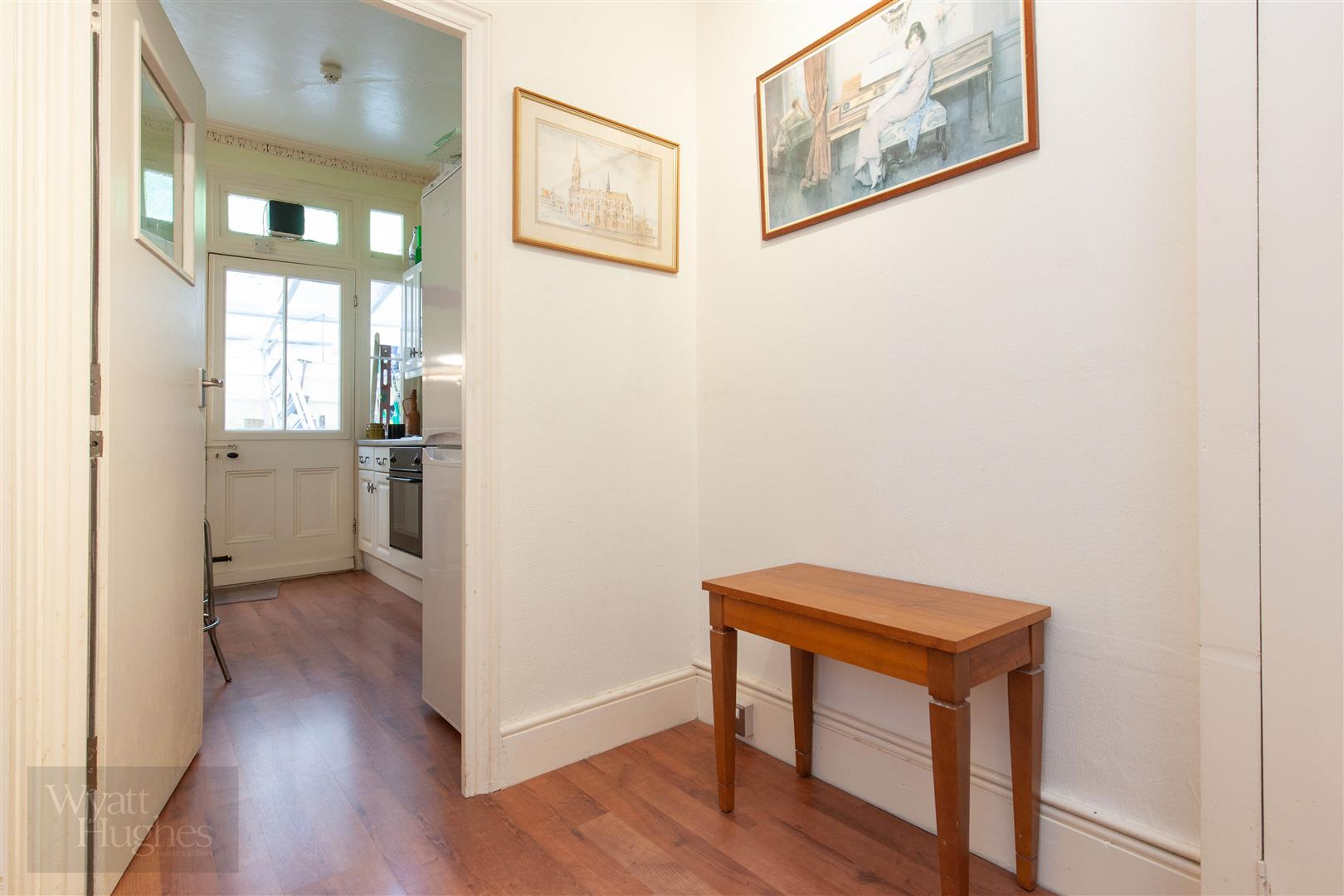 2 bed flat for sale in Marina, St. Leonards-On-Sea  - Property Image 11