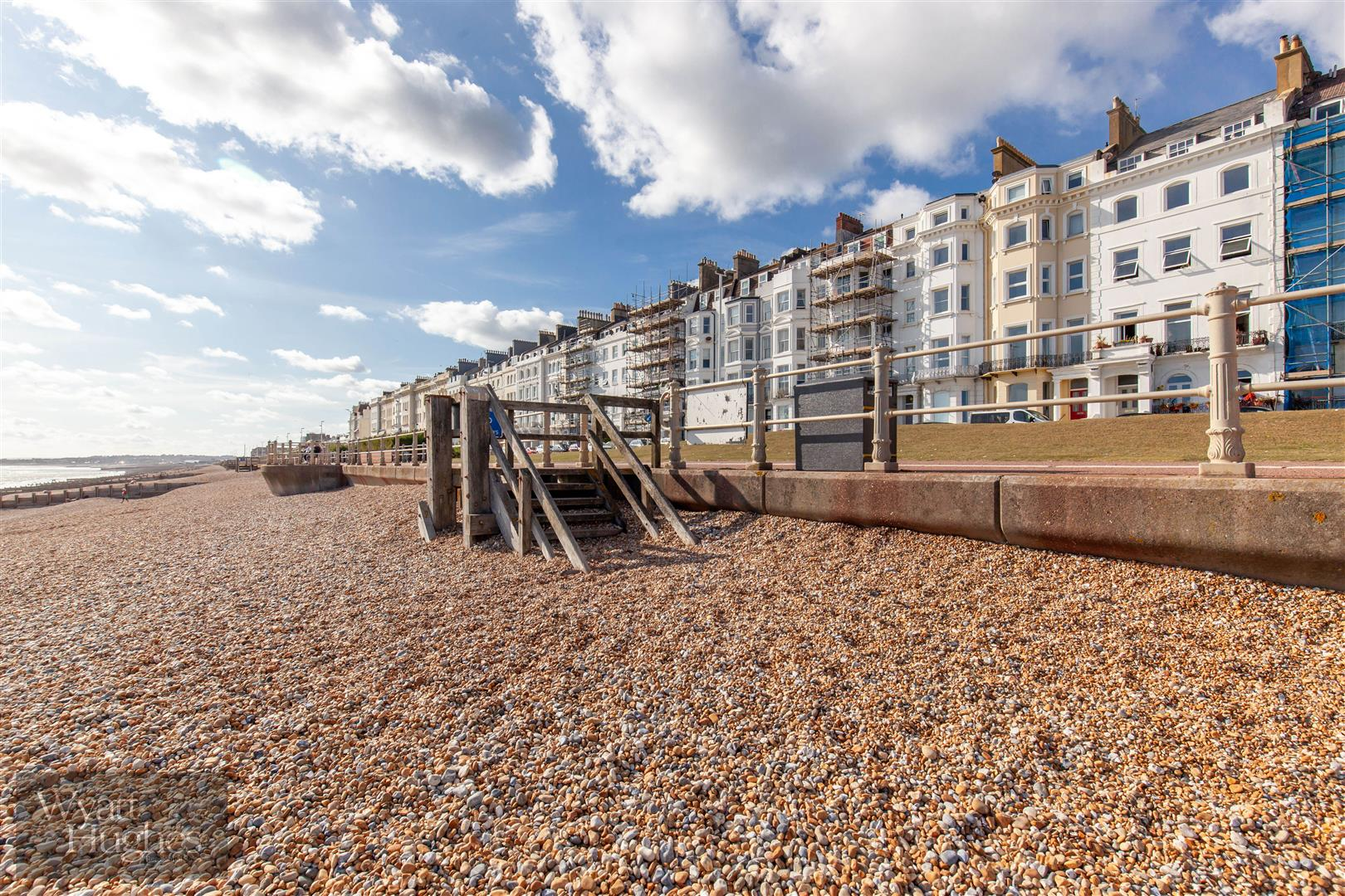 2 bed flat for sale in Marina, St. Leonards-On-Sea  - Property Image 16