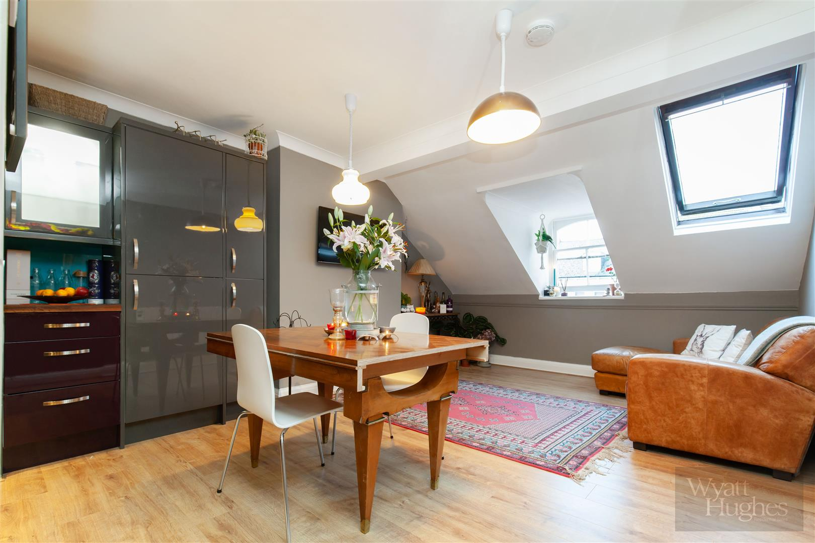 1 bed flat for sale in Stockleigh Road, St. Leonards-On-Sea - Property Image 1