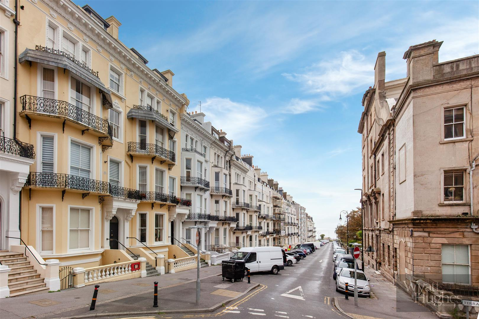 1 bed flat for sale in Warrior Square, St. Leonards-On-Sea - Property Image 1