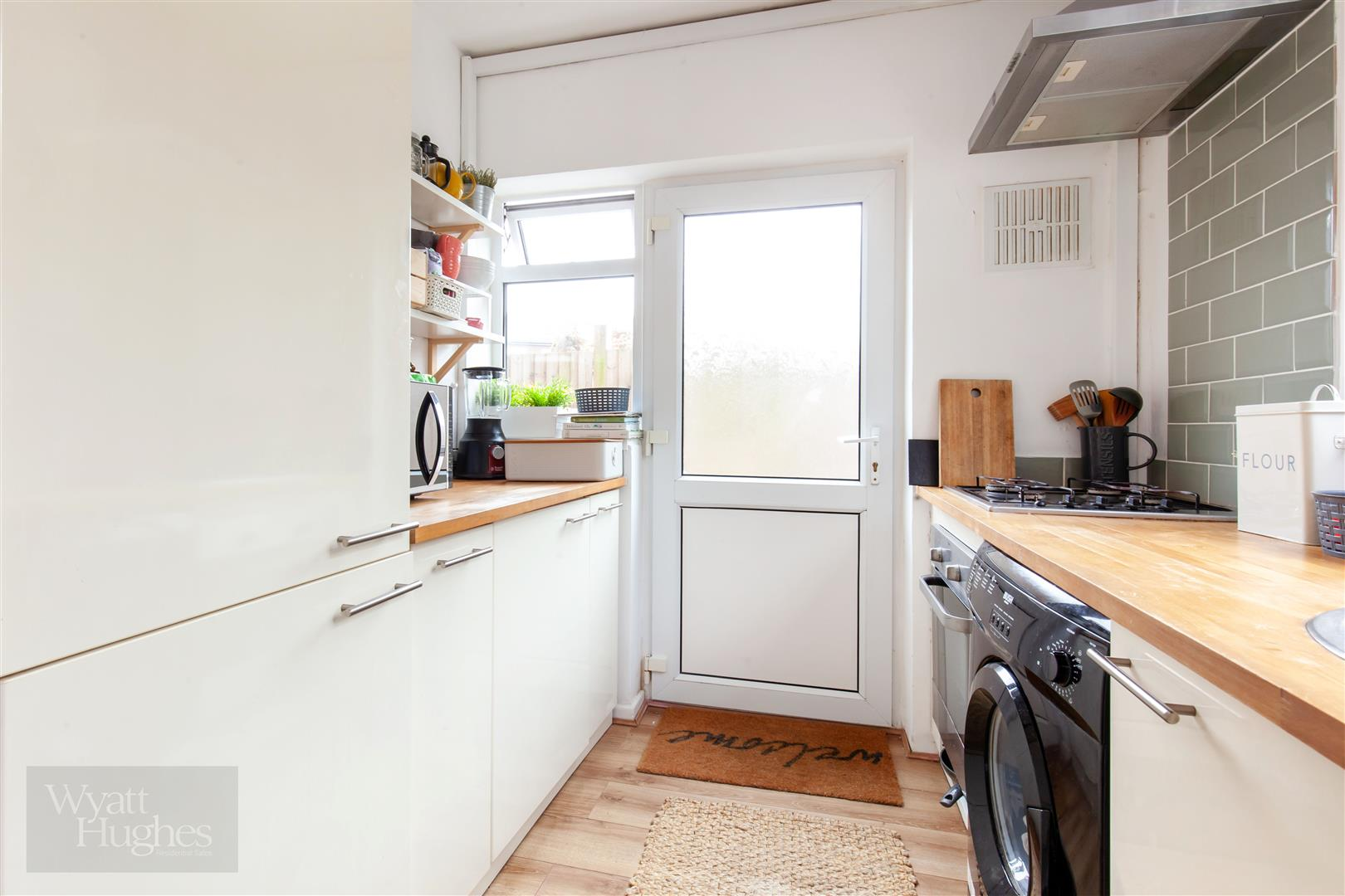 2 bed flat for sale in St. Pauls Place, St. Leonards-On-Sea  - Property Image 13