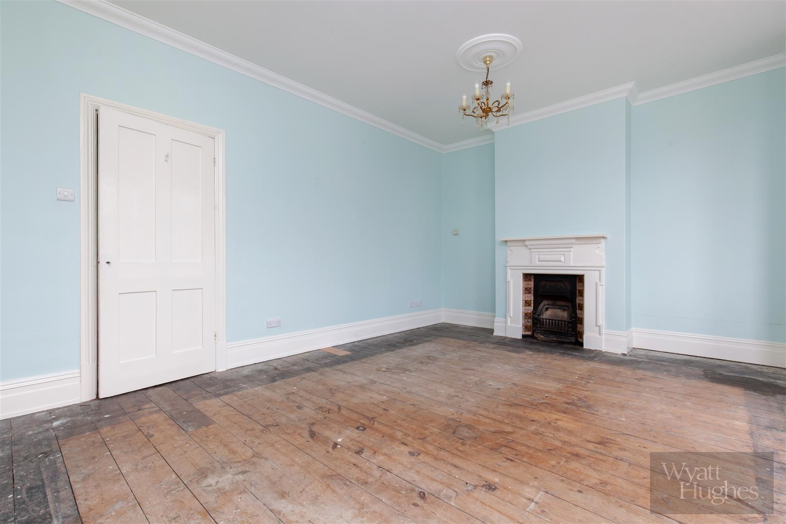 3 bed end-of-terrace-house for sale in Burry Road, St. Leonards-On-Sea  - Property Image 9