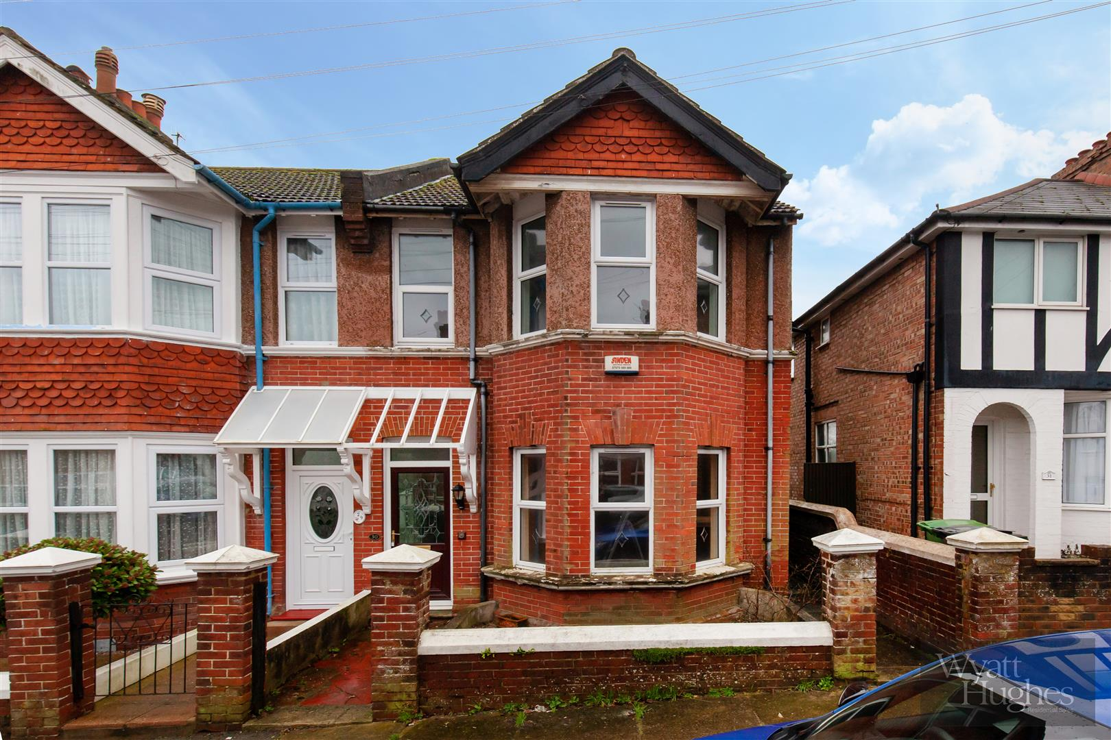 3 bed end-of-terrace-house for sale in Burry Road, St. Leonards-On-Sea - Property Image 1