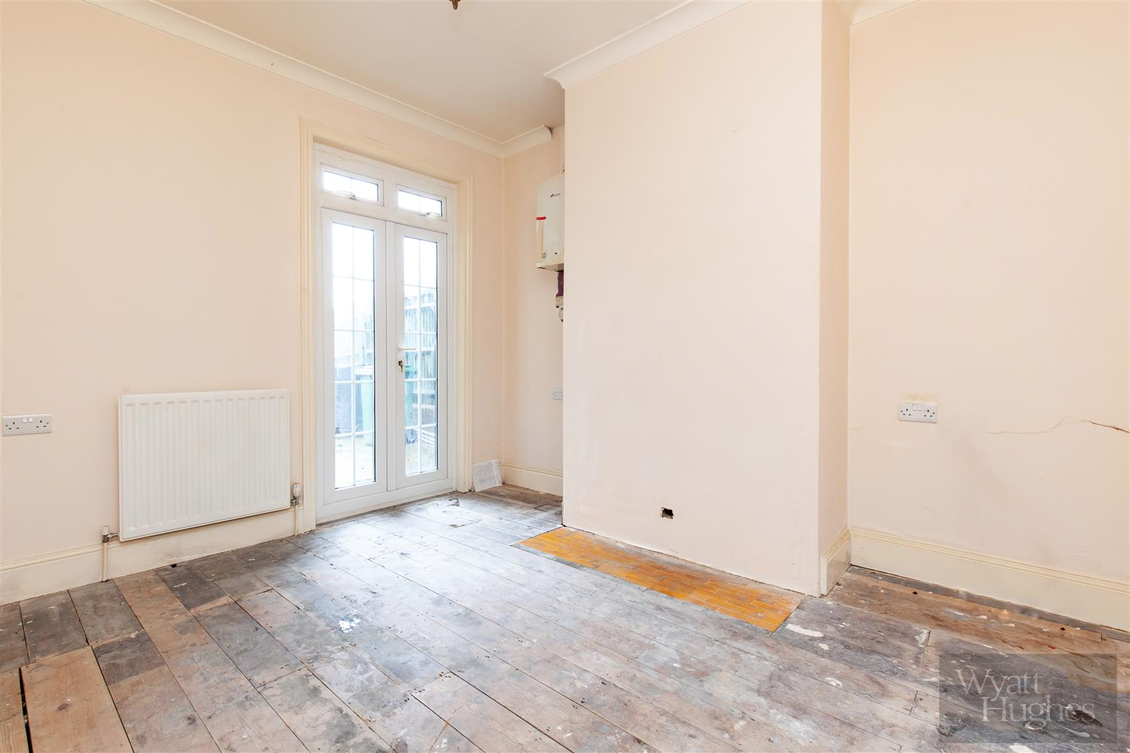 3 bed end-of-terrace-house for sale in Burry Road, St. Leonards-On-Sea 16