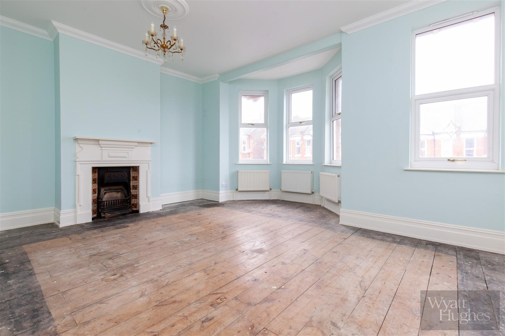 3 bed end-of-terrace-house for sale in Burry Road, St. Leonards-On-Sea 3