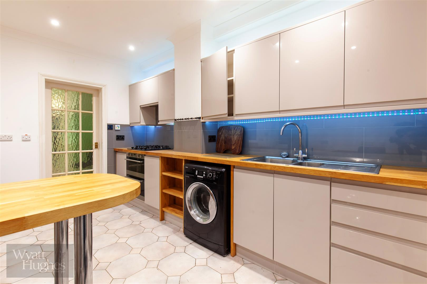 3 bed end-of-terrace-house for sale in Burry Road, St. Leonards-On-Sea 2