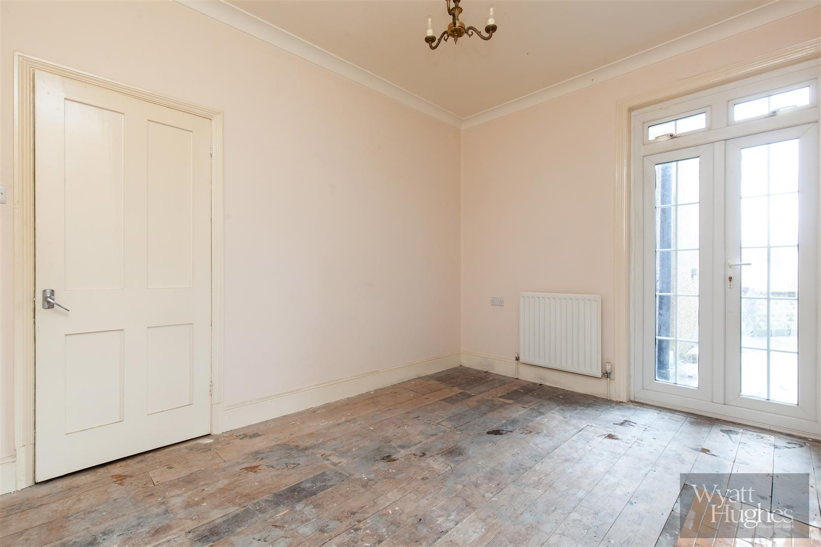 3 bed end-of-terrace-house for sale in Burry Road, St. Leonards-On-Sea 14