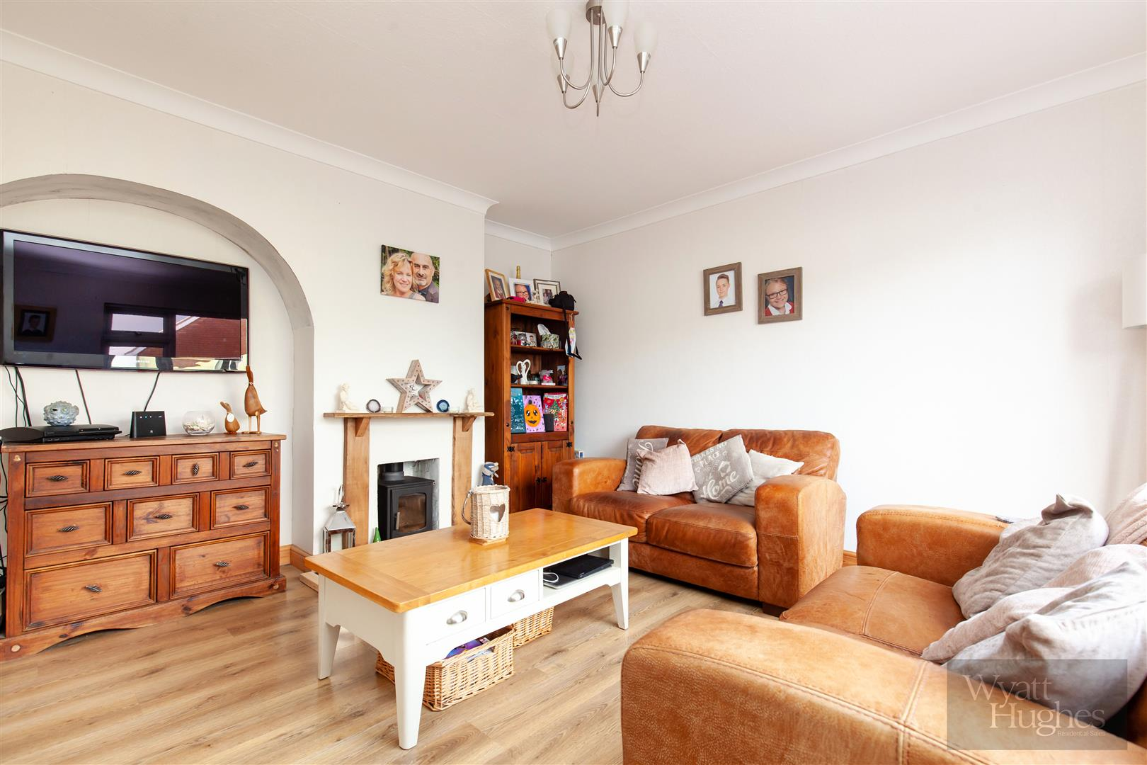 3 bed semi-detached-house for sale in Lewis Road, St. Leonards-On-Sea  - Property Image 5