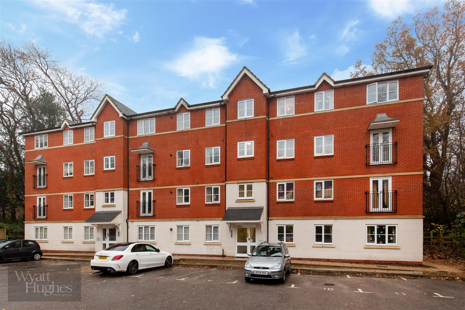 2 bed apartment for sale in Arbourvale, St. Leonards-On-Sea 9