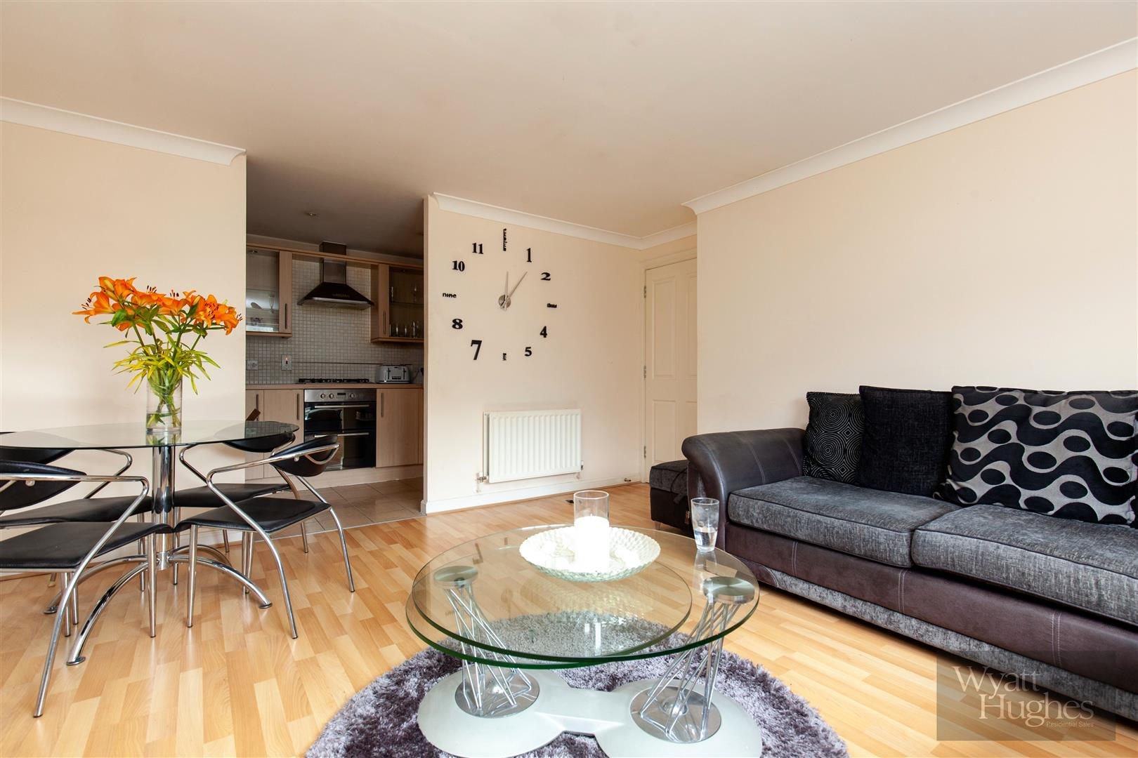 2 bed apartment for sale in Arbourvale, St. Leonards-On-Sea  - Property Image 3