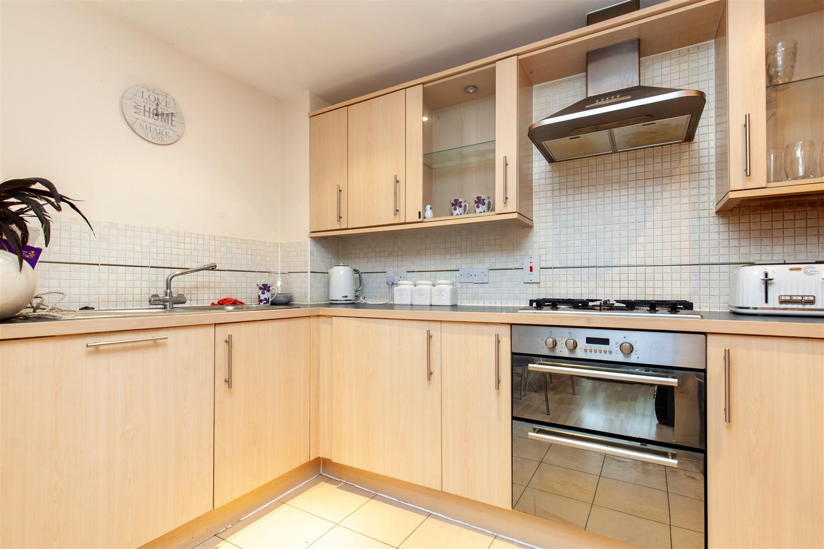 2 bed apartment for sale in Arbourvale, St. Leonards-On-Sea 3