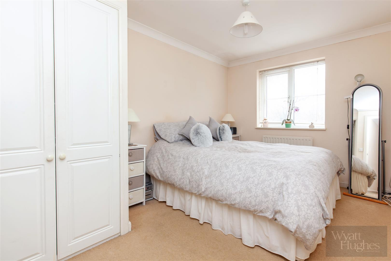 2 bed apartment for sale in Arbourvale, St. Leonards-On-Sea 6