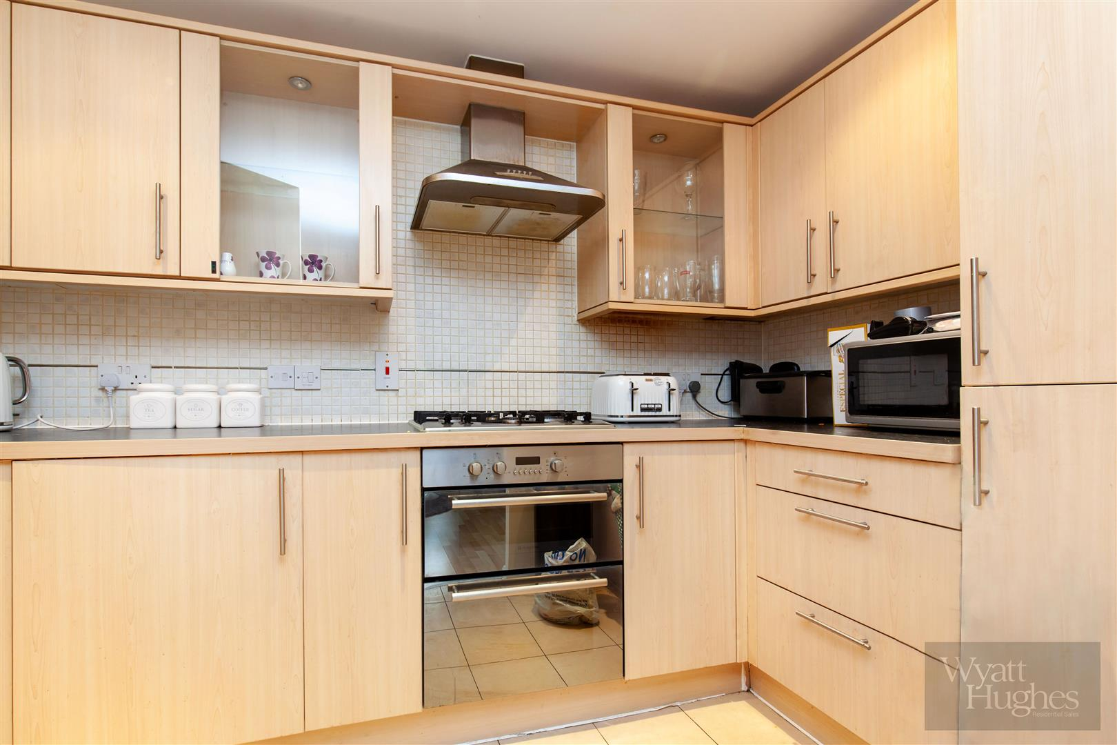 2 bed apartment for sale in Arbourvale, St. Leonards-On-Sea 1