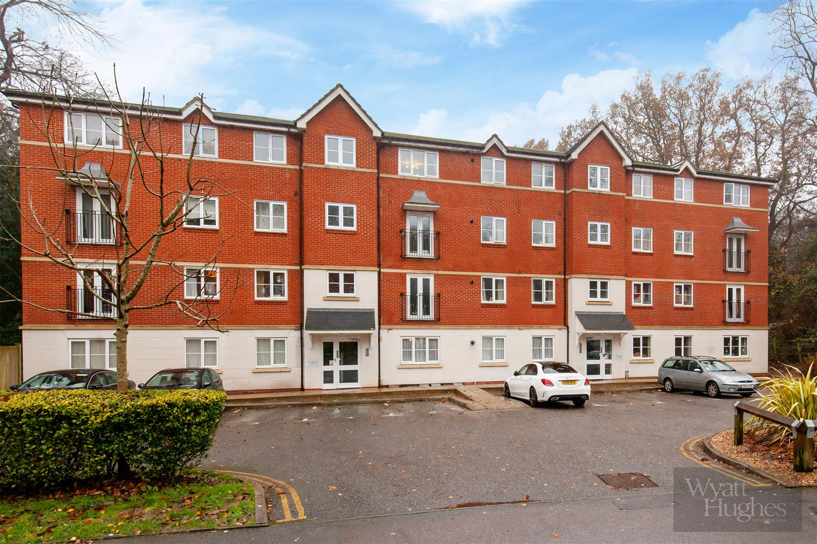 2 bed apartment for sale in Arbourvale, St. Leonards-On-Sea 5