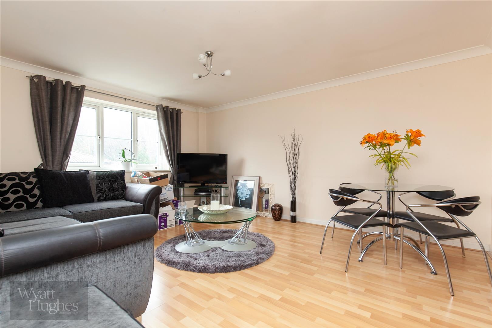 2 bed apartment for sale in Arbourvale, St. Leonards-On-Sea 10