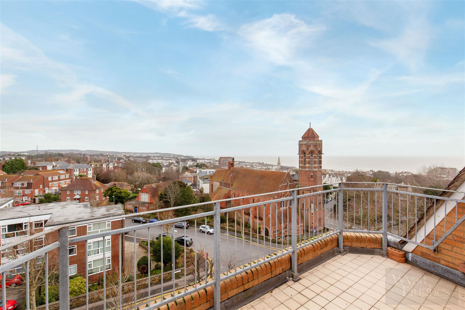 2 bed penthouse for sale in Upper Maze Hill, St. Leonards-On-Sea  - Property Image 1