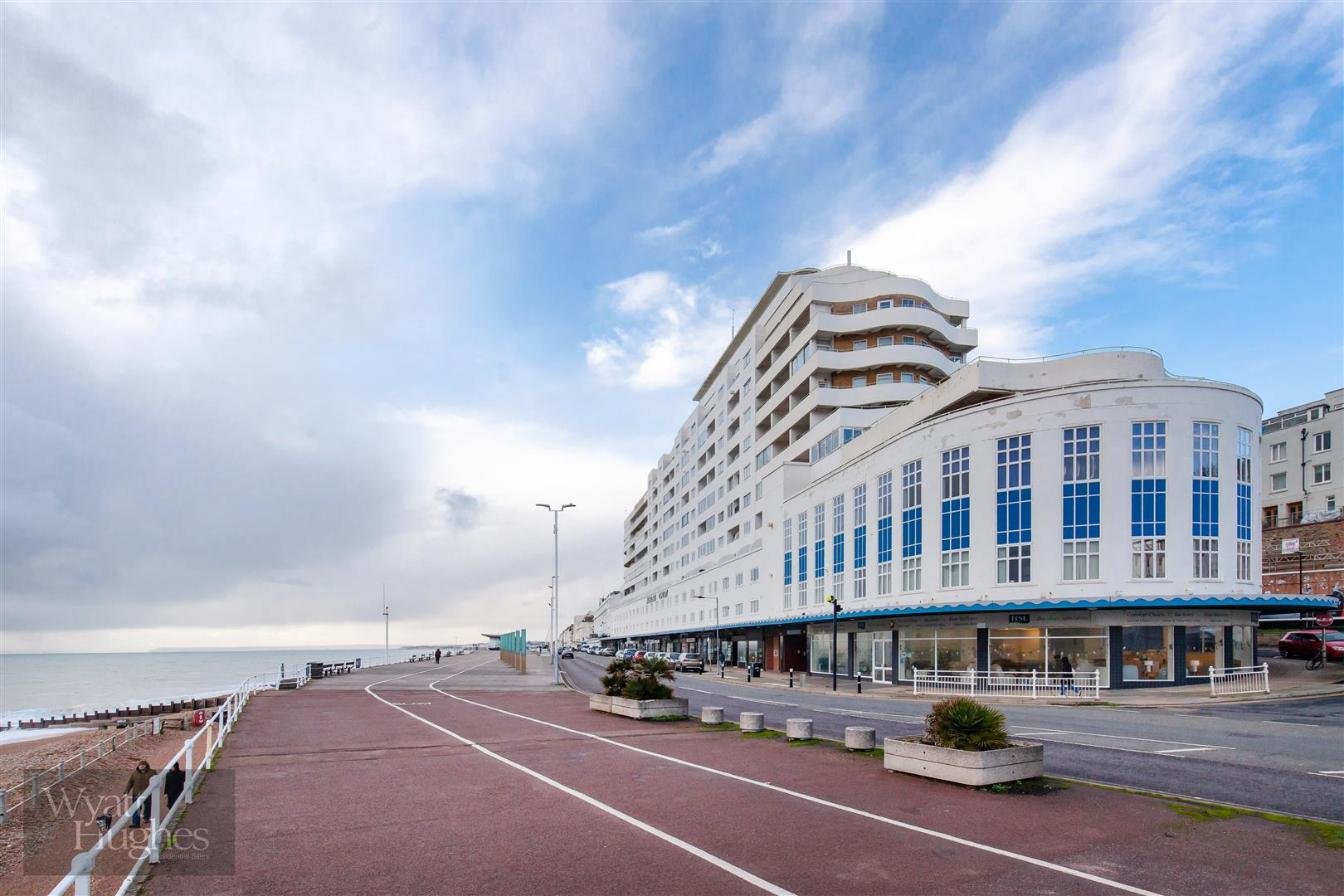 1 bed flat for sale in Marine Court, St. Leonards-On-Sea  - Property Image 20