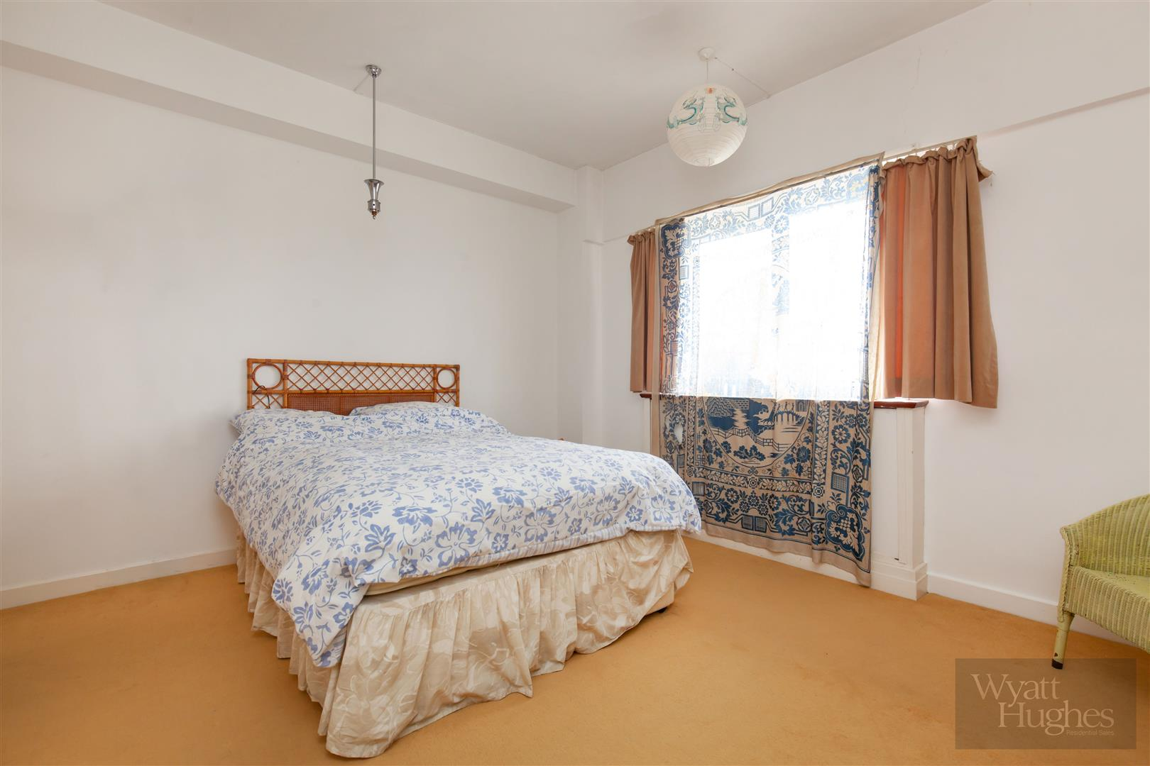 1 bed flat for sale in Marine Court, St. Leonards-On-Sea  - Property Image 19