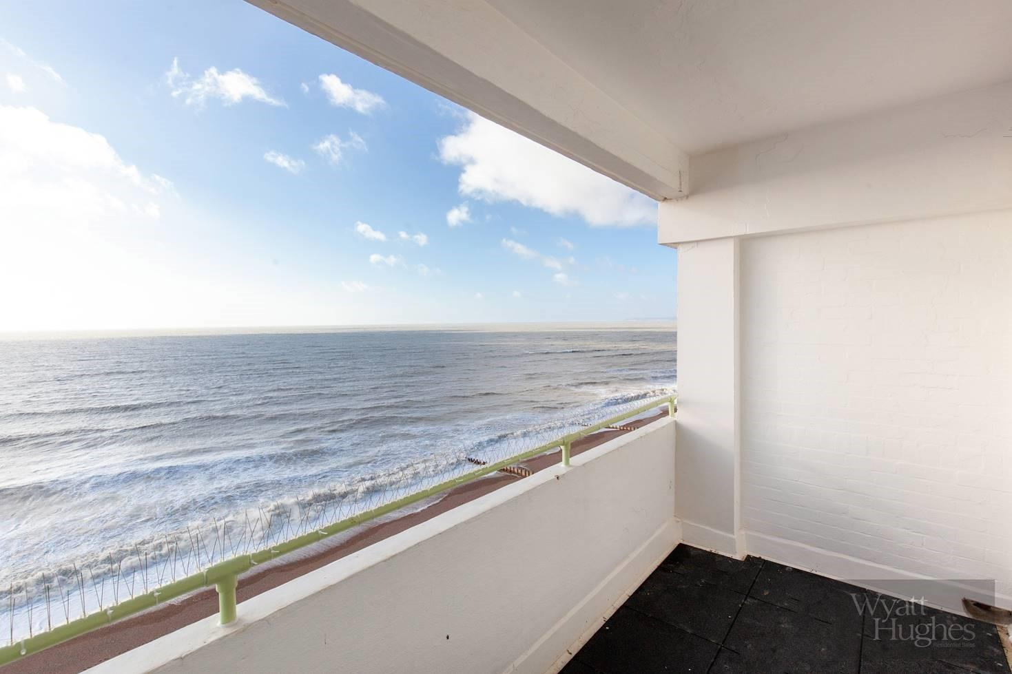 1 bed flat for sale in Marine Court, St. Leonards-On-Sea  - Property Image 21