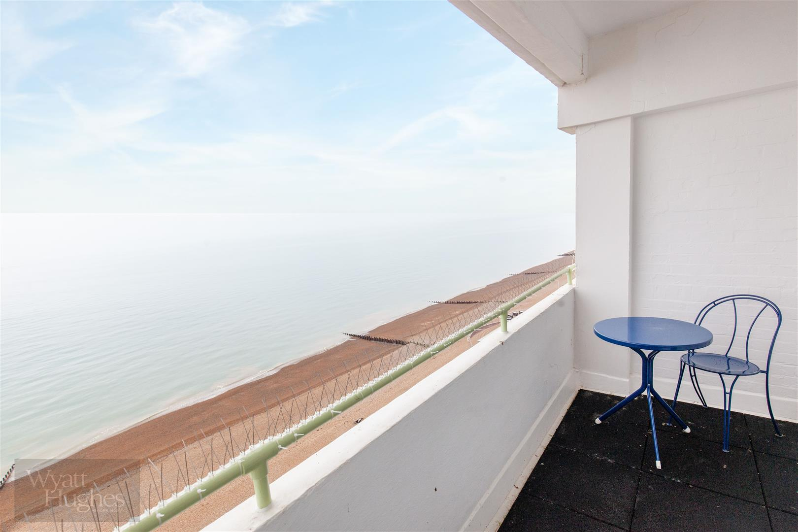 1 bed flat for sale in Marine Court, St. Leonards-On-Sea 14