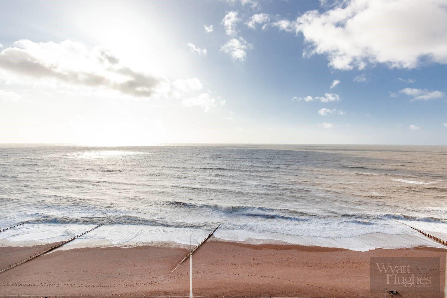 1 bed flat for sale in Marine Court, St. Leonards-On-Sea  - Property Image 23