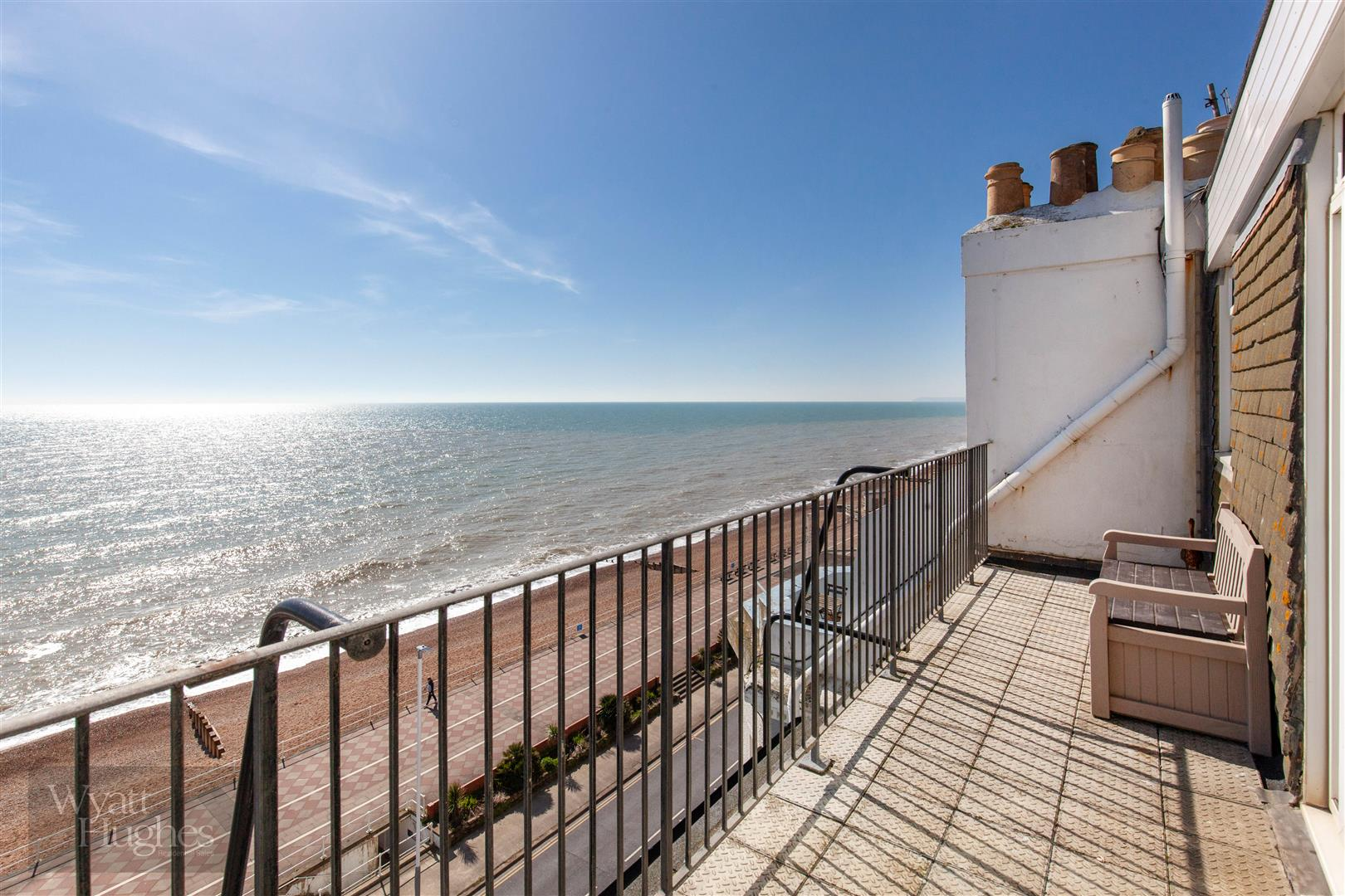 1 bed flat for sale in Eversfield Place, St. Leonards-On-Sea - Property Image 1