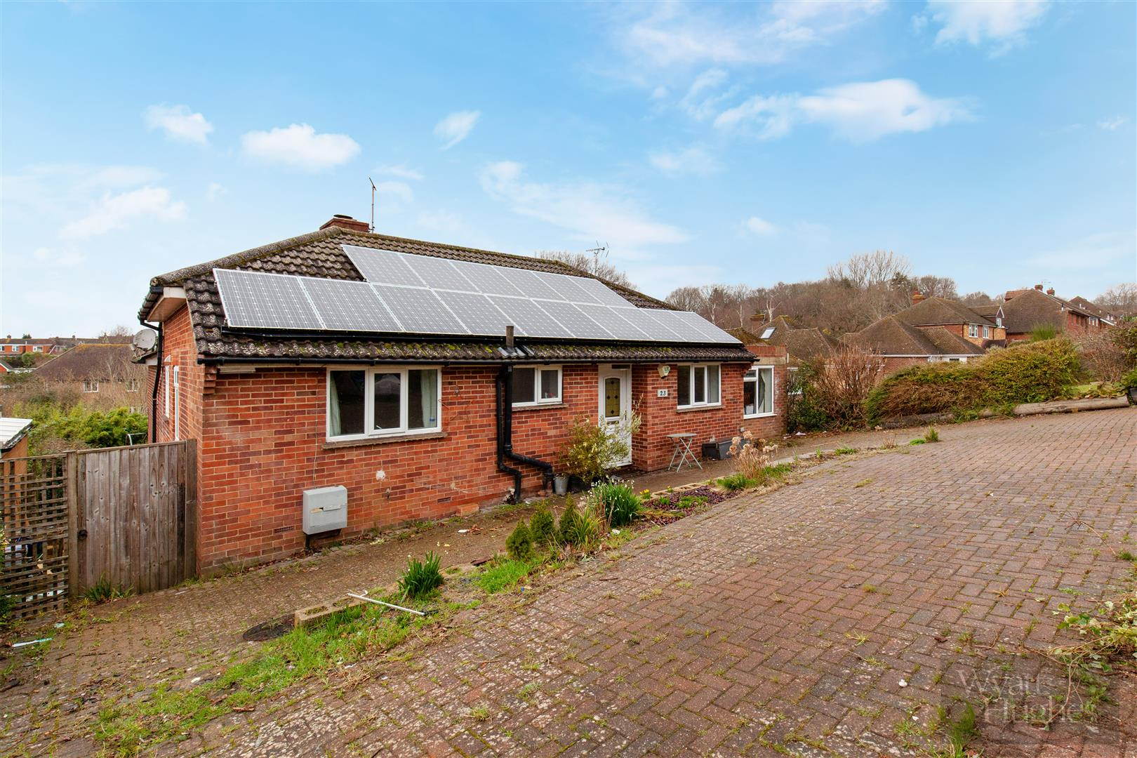 4 bed detached bungalow for sale in Gorselands, Battle 22