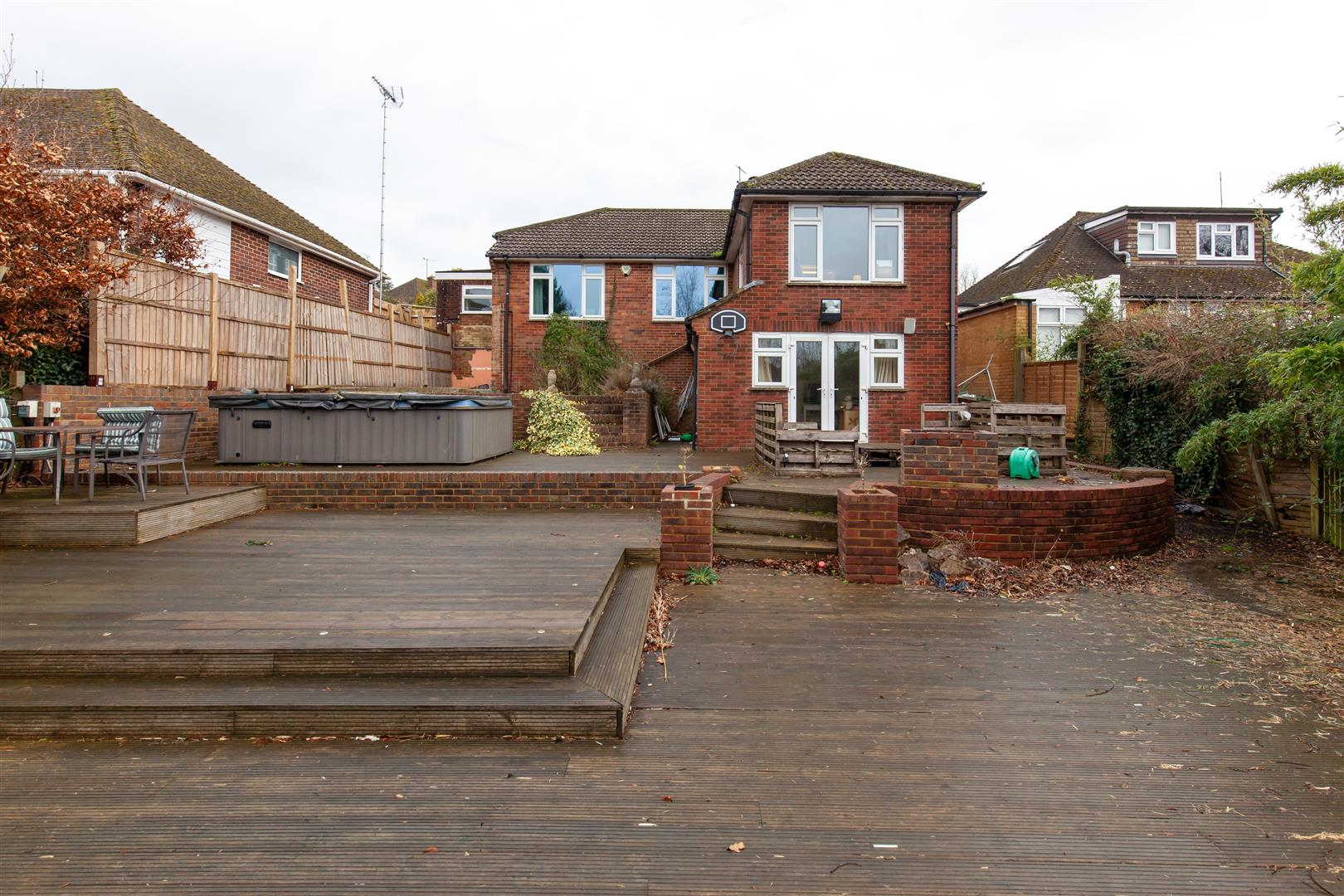 4 bed detached-bungalow for sale in Gorselands, Battle 28