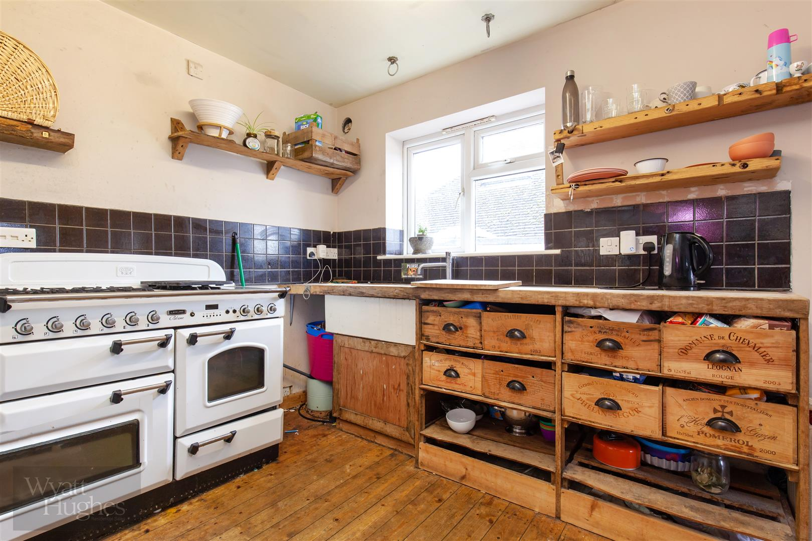 4 bed detached bungalow for sale in Gorselands, Battle 15