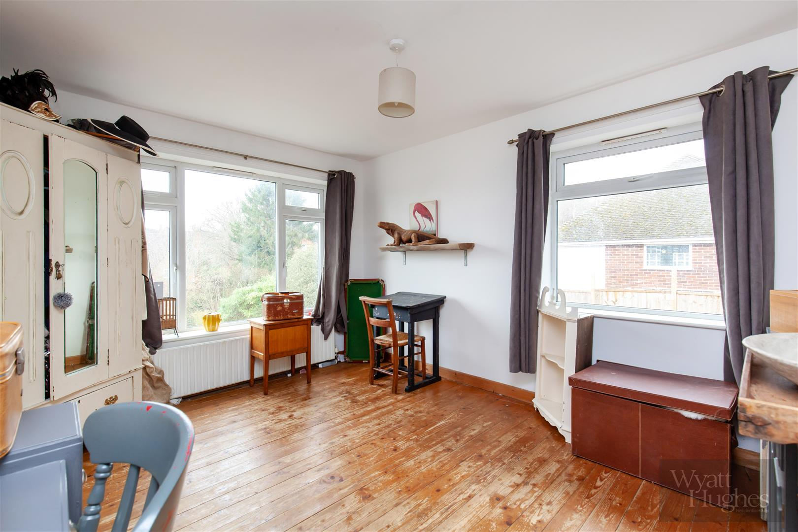 4 bed detached-bungalow for sale in Gorselands, Battle 6