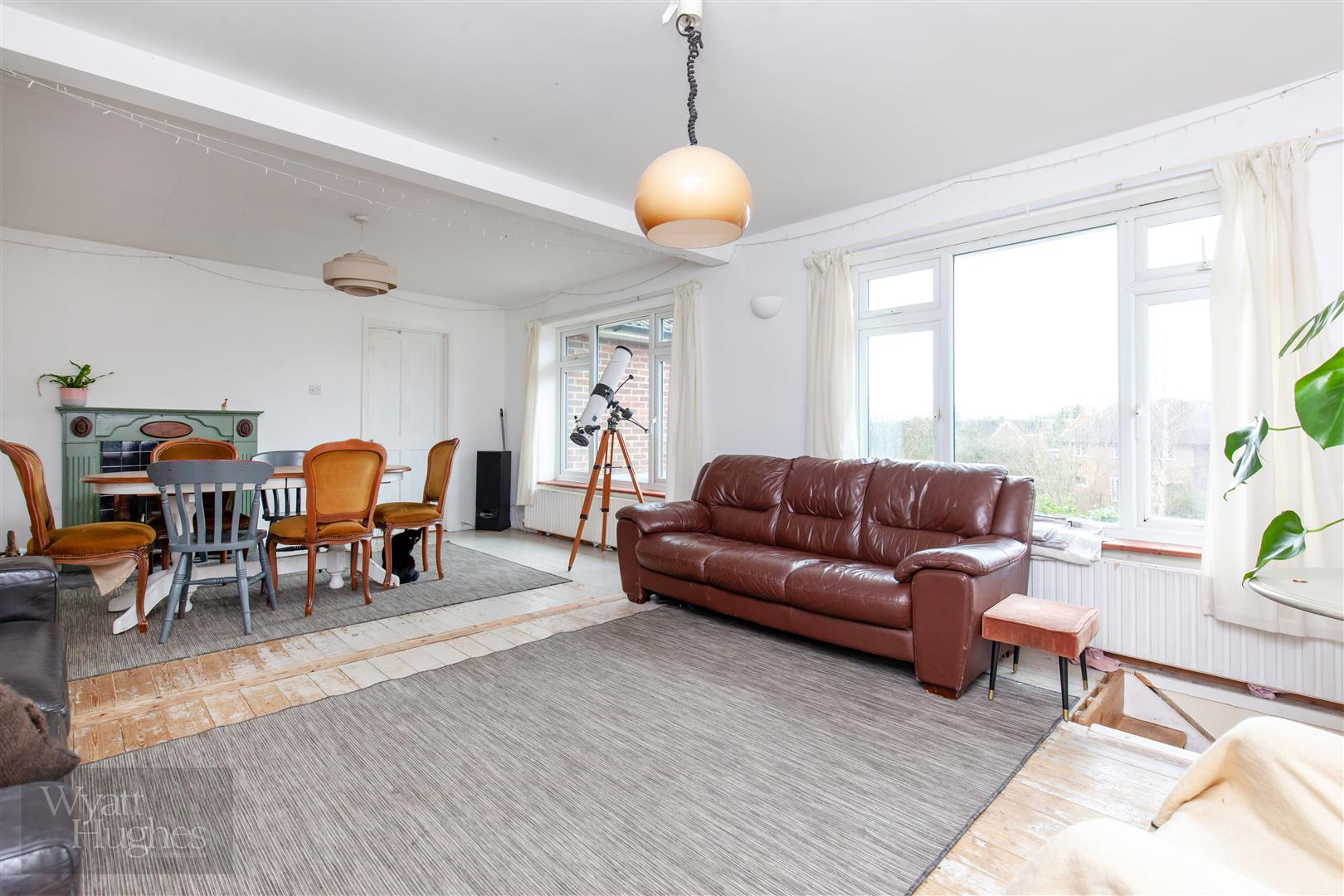 4 bed detached-bungalow for sale in Gorselands, Battle  - Property Image 1
