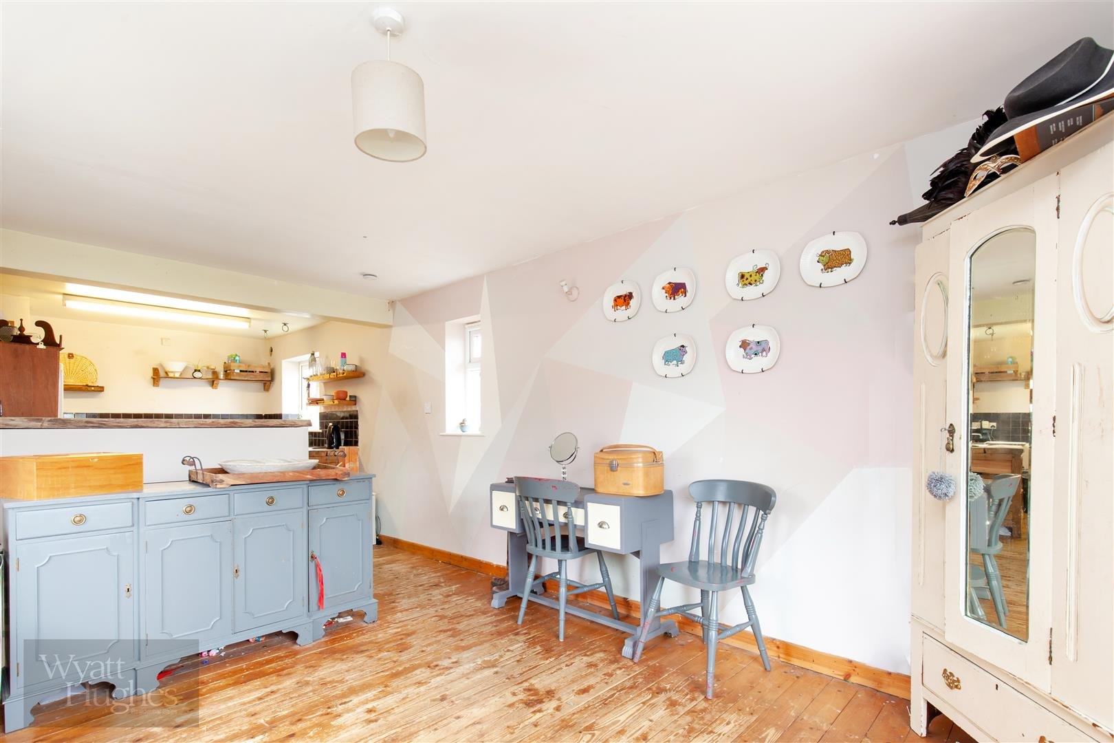 4 bed detached bungalow for sale in Gorselands, Battle 4