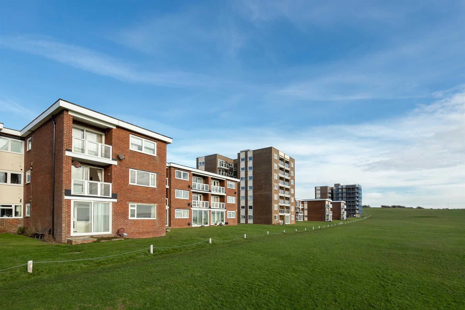 2 bed flat for sale in Sutton Place, Bexhill-On-Sea, TN40