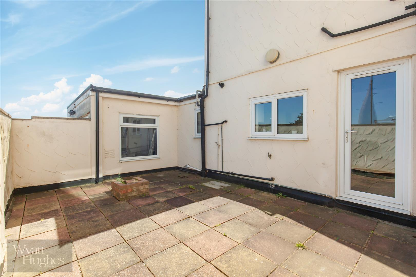 1 bed flat for sale in Bexhill Road, St. Leonards-On-Sea, TN38