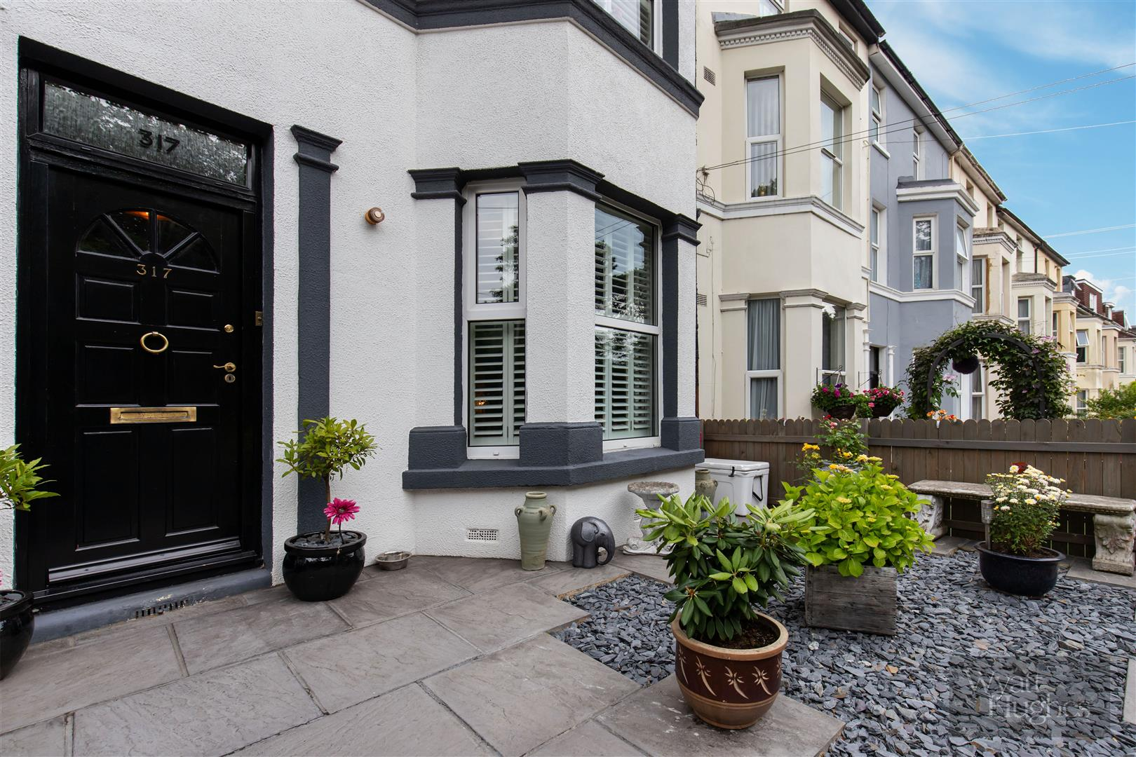 3 bed terraced house for sale in London Road, St. Leonards-On-Sea - Property Image 1