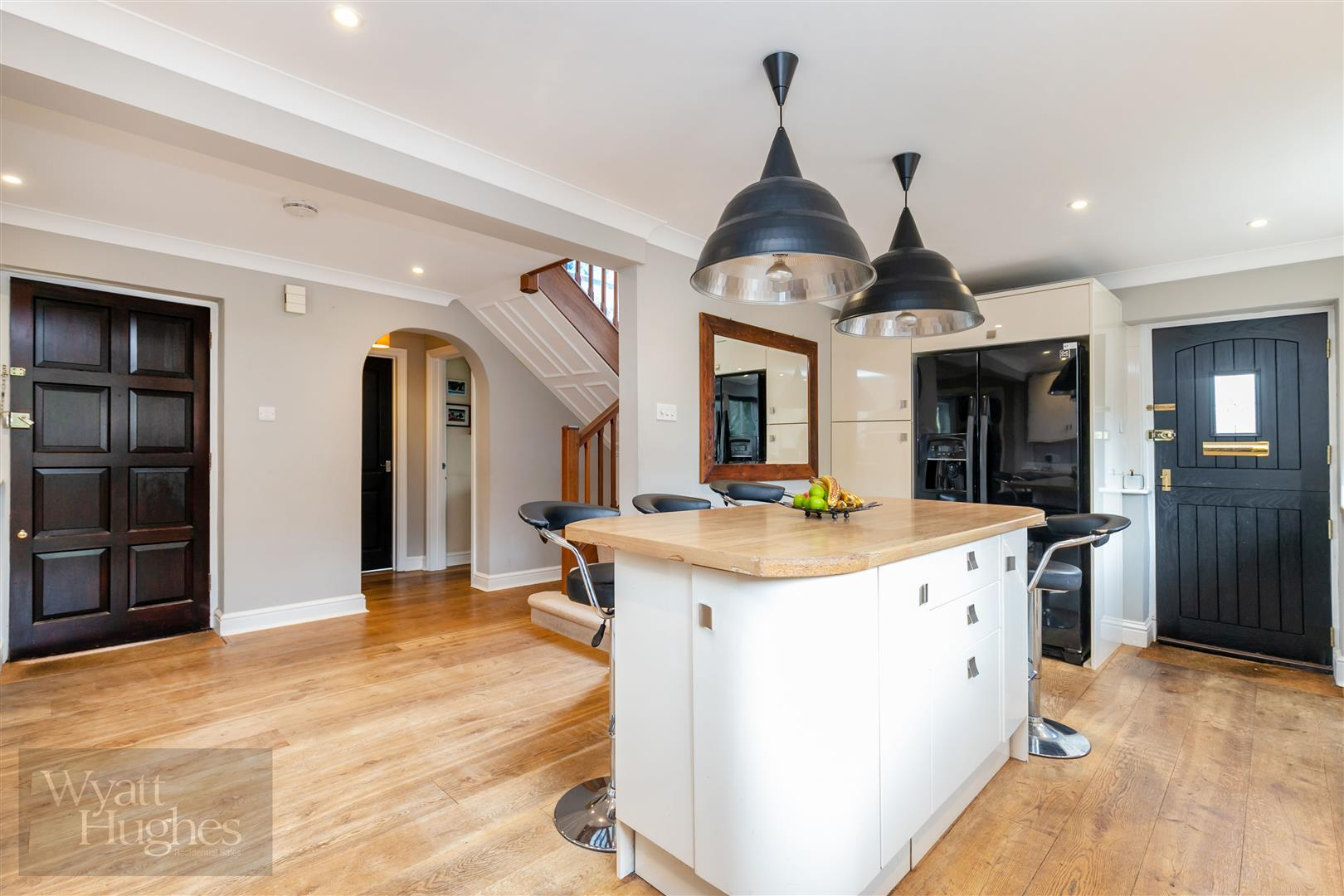 4 bed detached-house for sale in Church Road, Catsfield  - Property Image 1