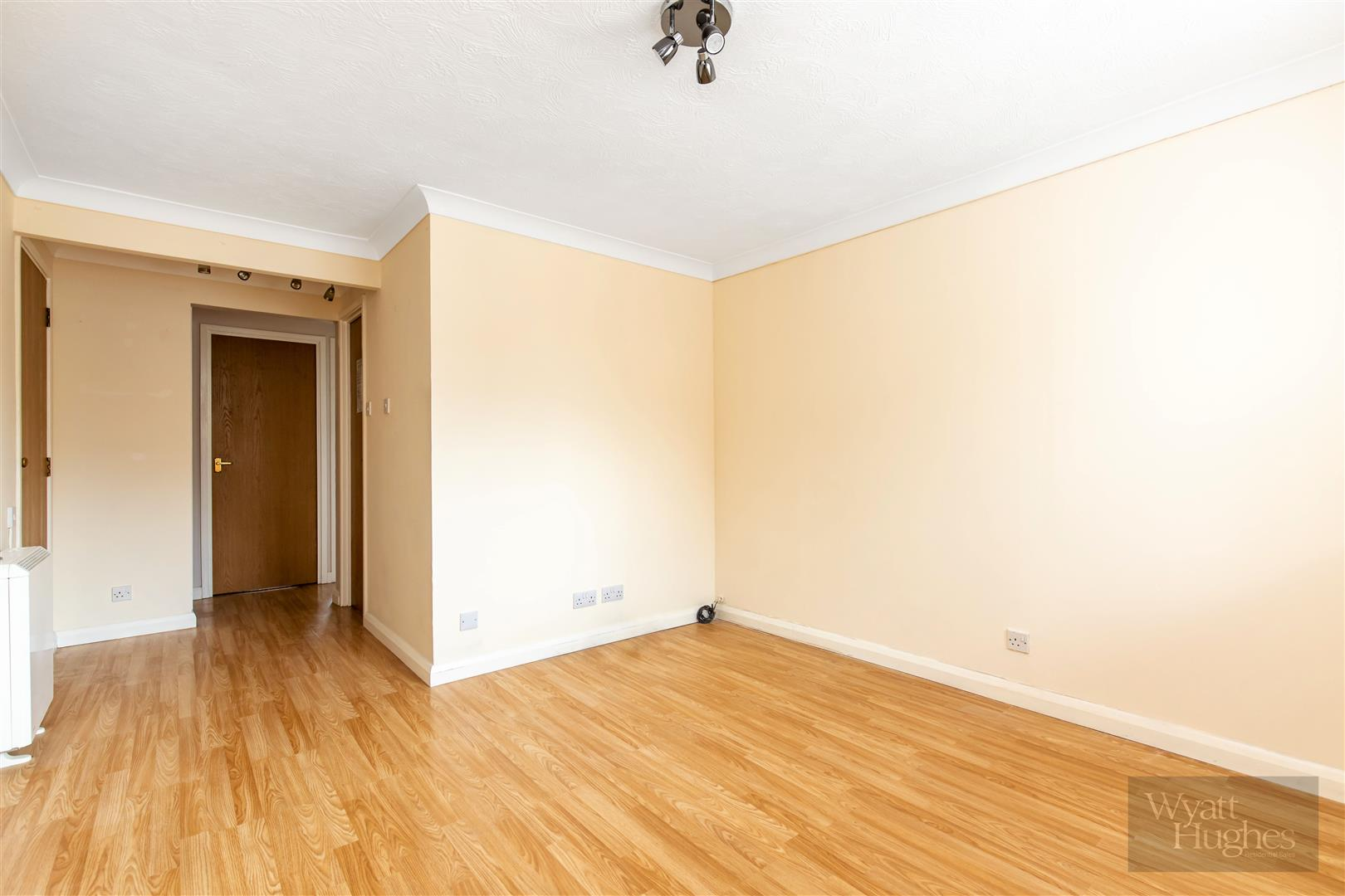 1 bed flat for sale in Longacre Close, St. Leonards-On-Sea  - Property Image 4