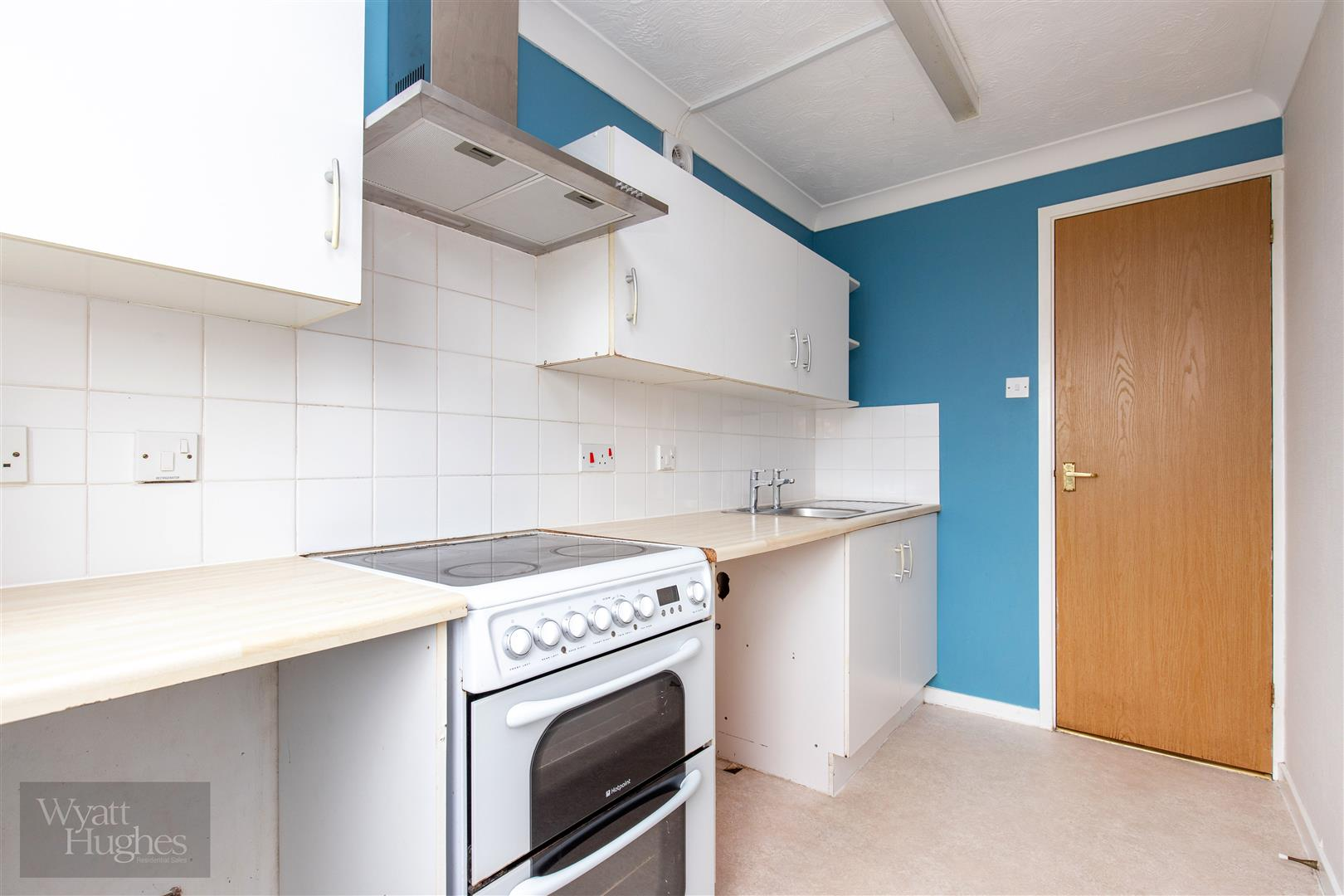 1 bed flat for sale in Longacre Close, St. Leonards-On-Sea 6