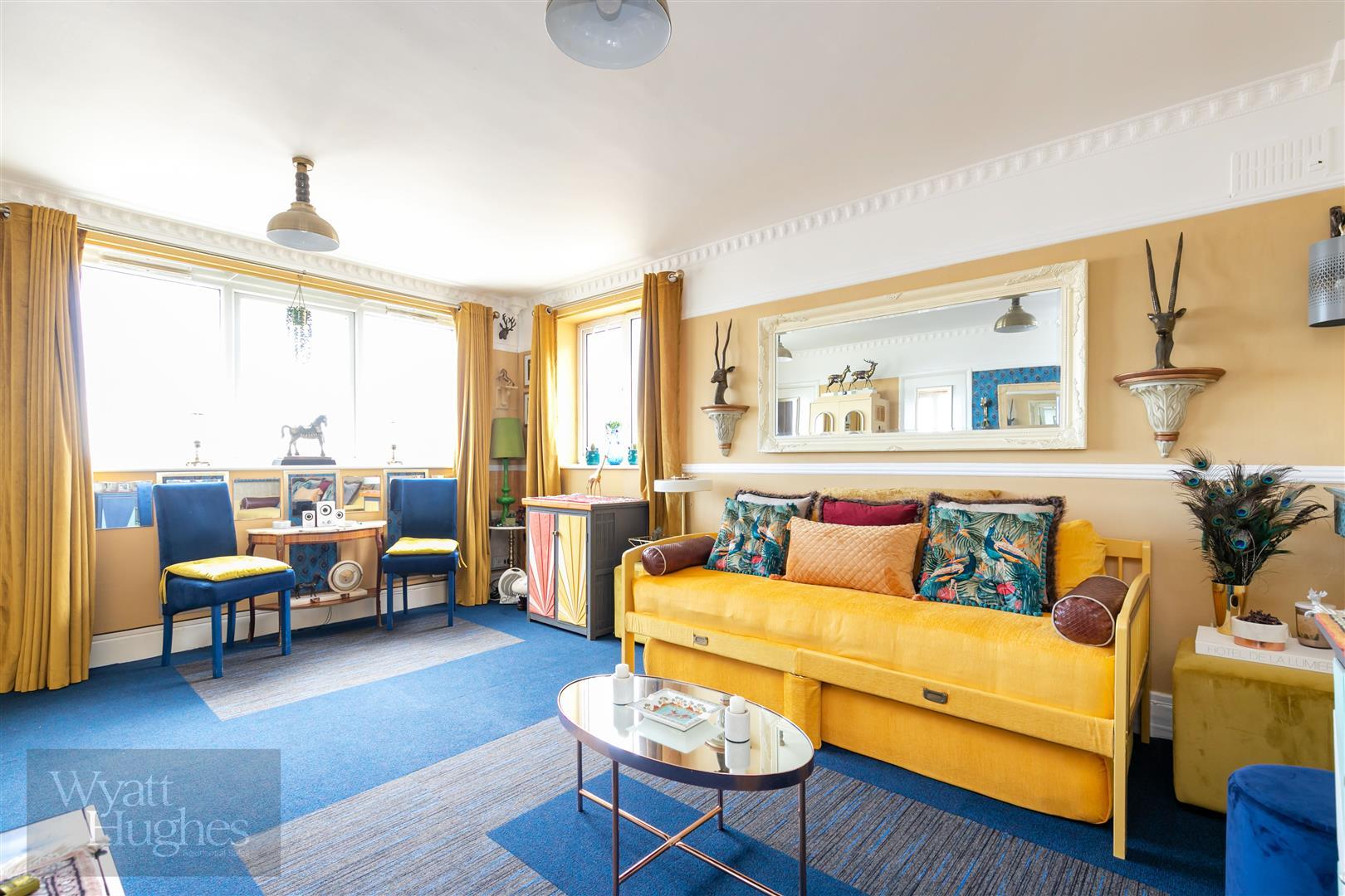 Studio-flat for sale in Marina, St. Leonards-On-Sea  - Property Image 1