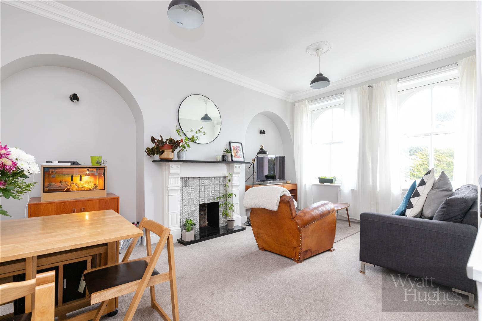 2 bed flat for sale in Markwick Terrace, St. Leonards-On-Sea  - Property Image 1
